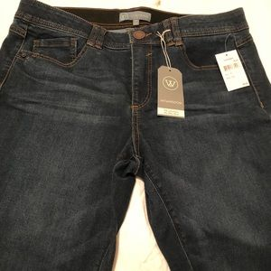 NWT. Super comfy, slimming and gorgeous jeans.